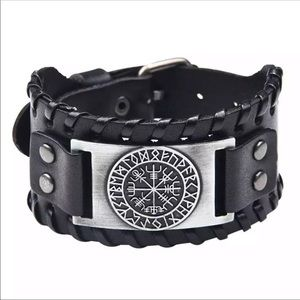 Viking Black Leather Bracelet Silver Norse Compass